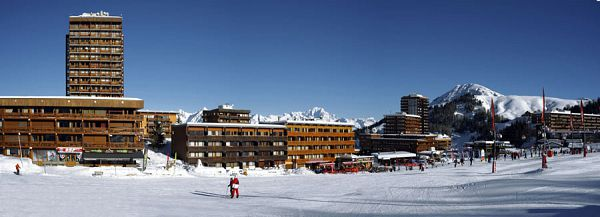 vacances ski plagne centre avec h bergement forfait ski et location des skis. Black Bedroom Furniture Sets. Home Design Ideas